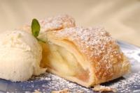 Roman Apple Cake