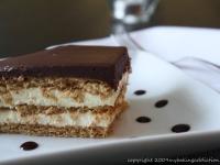 Eclair Dessert