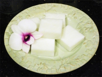 Haupia (Coconut Pudding)