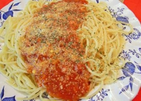 Meat loaves with spaghetti sauce