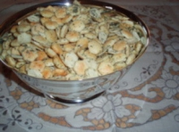 Garlic Oyster Crackers