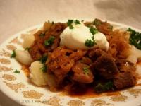 Hungarian Goulash With Sauerkraut