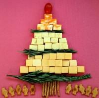 Holiday Cheese Tree