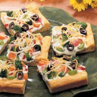 Cold Vegetable Pizza